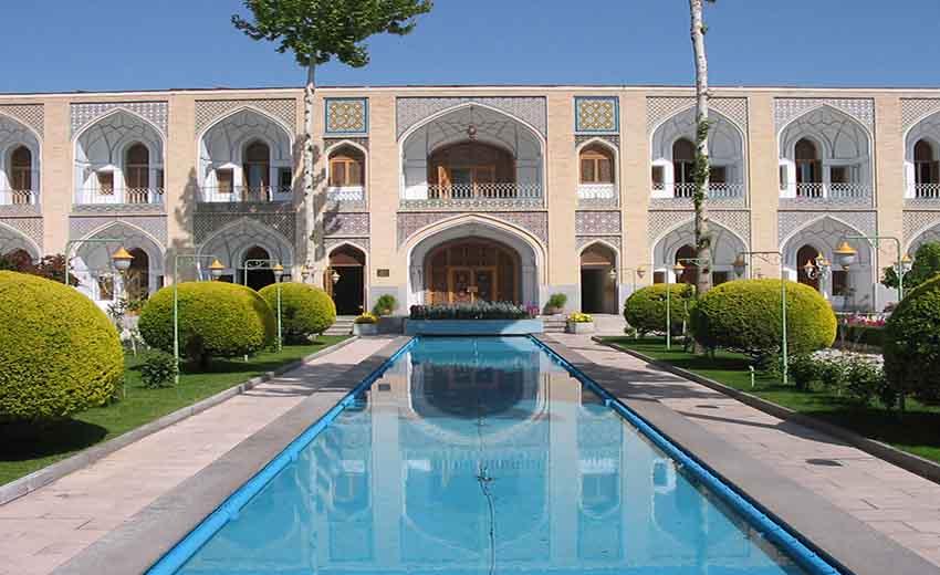 نمایی از هتل عباسی اصفهان
