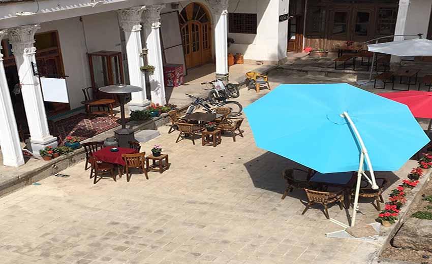 نمایی از کافه رستوران مس و قالی  اصفهان