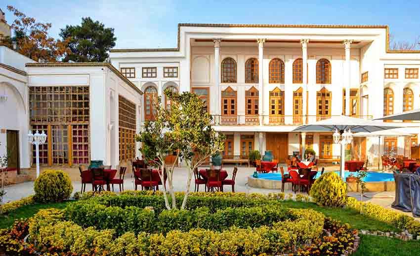 نمایی از رستوران هوگر اصفهان