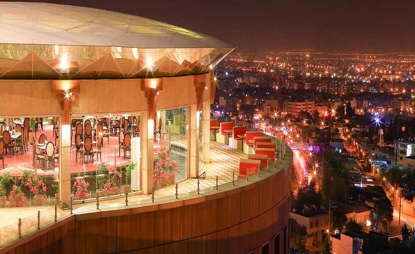 نمایی از هتل شیراز